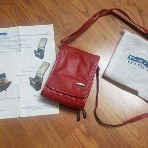 Travelon Leather Wallet/Passport Organizer
